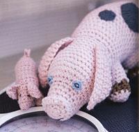 pigs-200.jpg