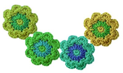crochet_flower_crop_0.jpg